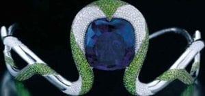la-reina-del-kilimanjaro-gran-tanzanita-azul